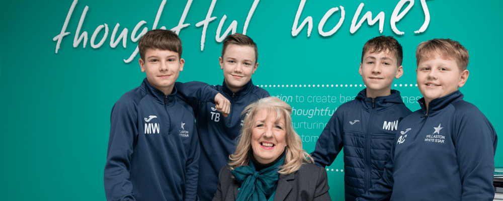 Willaston White Star Scores With Sweatshirts From Anwyl…